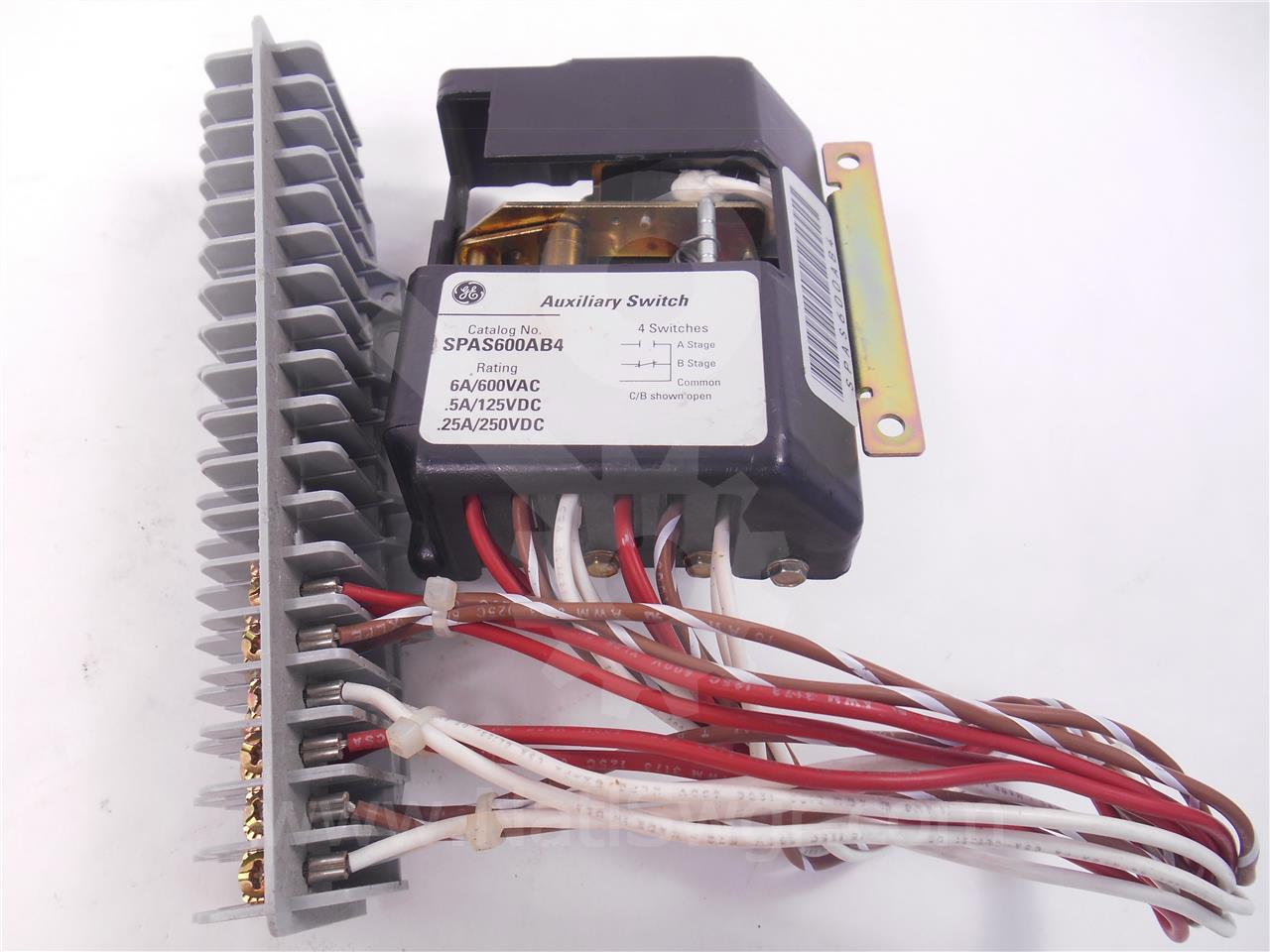 General Electric GE AUXILIARY SWITCH MODULE 4 A/B