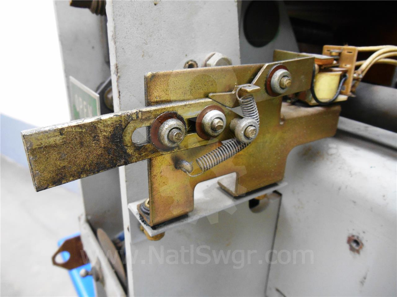 Siemens / Allis Chalmers AC MANUAL RESET BELL ALARM ASSEMBLY