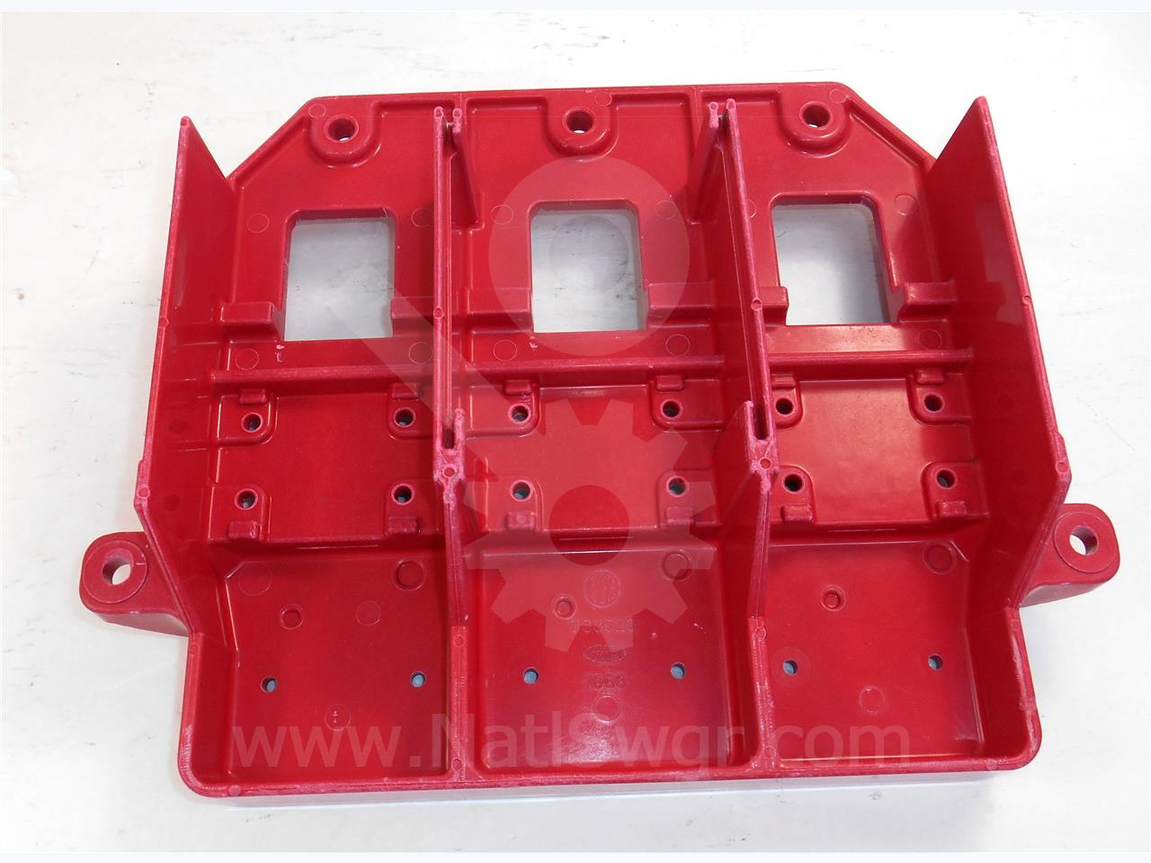ITE RED LOWER MOLDING BASE