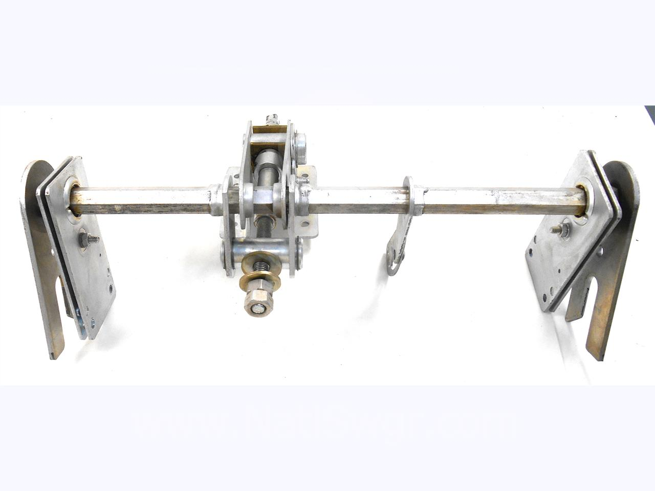 GE DRAW OUT RACKING MECHANISM ASSEMBLY