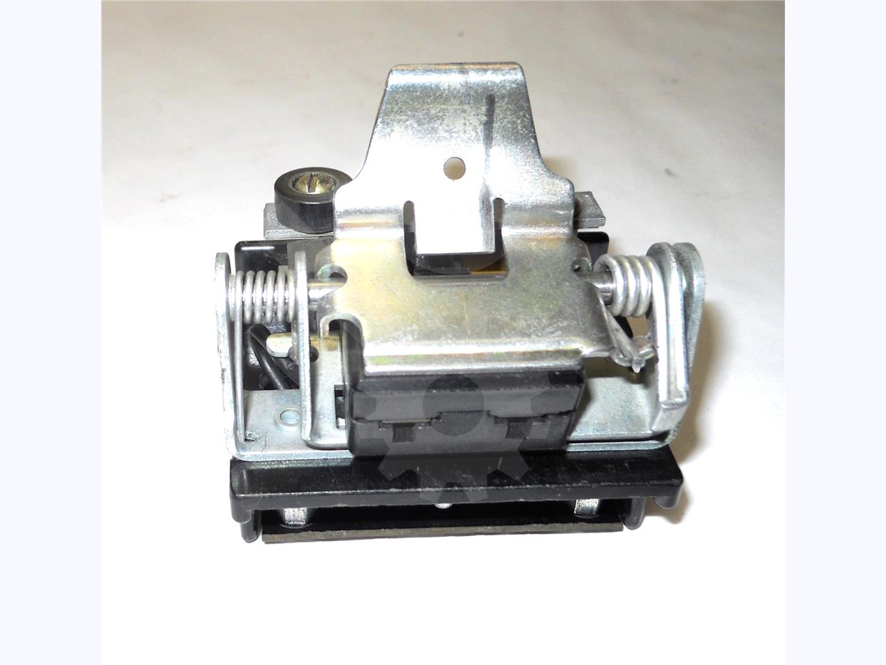 622C505G1 GE / General Electric CUT OFF SWITCH 1NO/1NC FOR AK-2-25 / AKR-30S