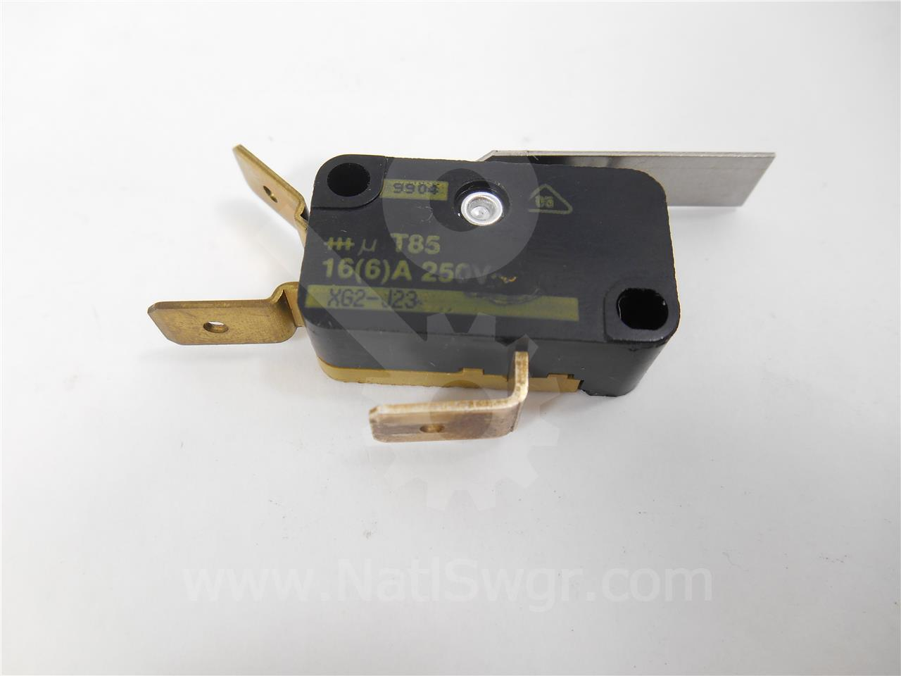 46040-483-50 Square D/SqD LATCH CHECK SWITCH FOR VR