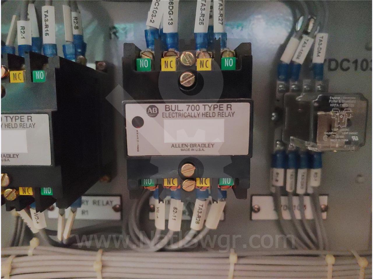700DC-R440Z1 ALLEN BRADLEY 125VDC BULLETIN 700 TYPE R SEALED CONTROL RELAY UNUSED SURPLUS SERIES B, ELECTRICALLY HELD