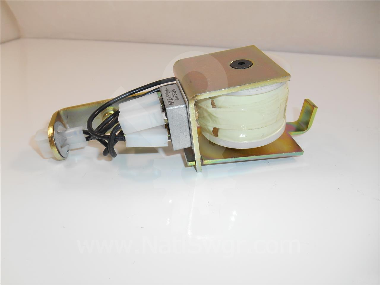 18-820-331-505 Siemens / Allis Chalmers 120VAC CLOSE COIL ASSEMBLY FOR GMI