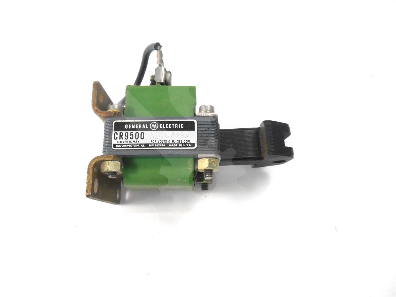 GE 240VAC CLOSING SOLENOID ASSEMBLY