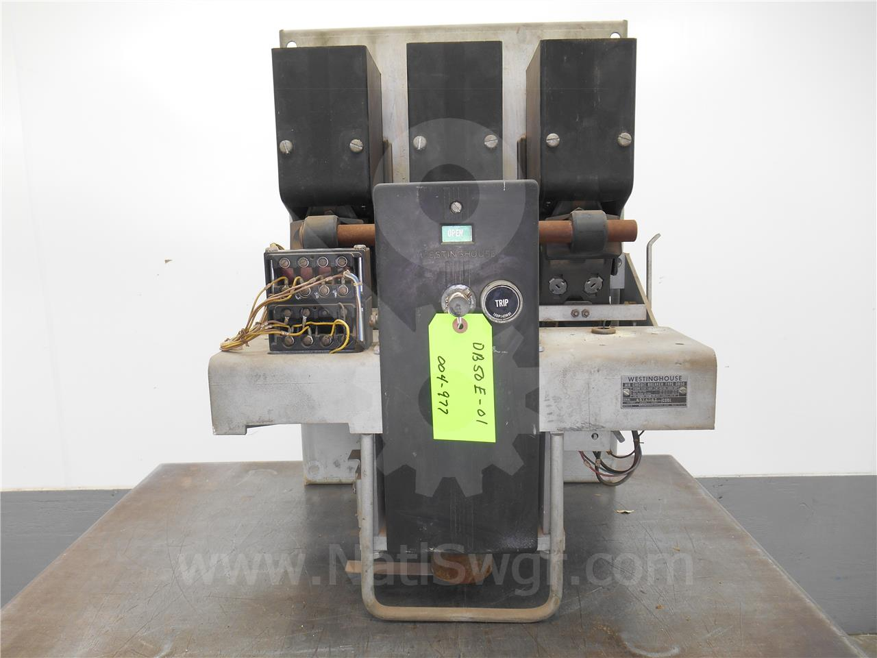 DB-50 1600A Westinghouse EO/DO 1P NELSON RACKING