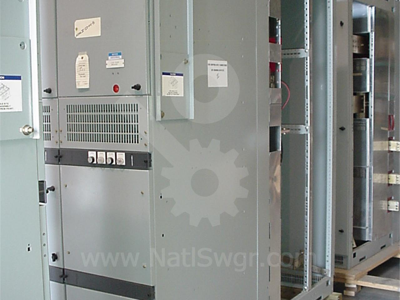 2000A Cutler-Hammer DSII FUSED INDOOR SWITCHGEAR 1-2000A FEEDER,1-BLANK, CONTROL SECTION