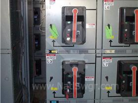 3200A GE AKD-8 INDOOR SWITCHGEAR