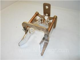 GE 9F6 3 INCH POWER FUSE CLIP ASSEMBLY