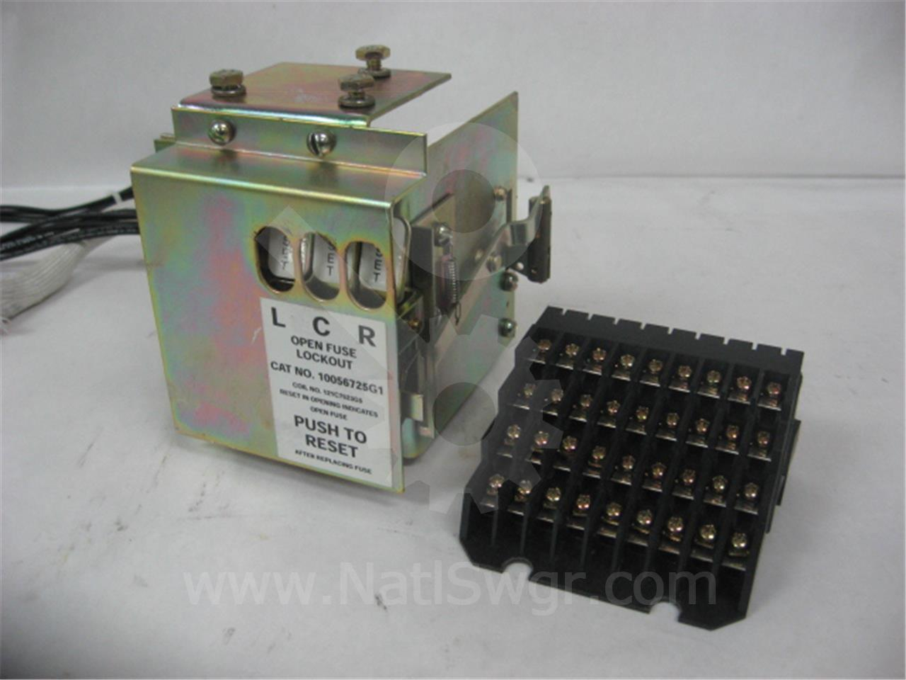 Fuse With Status Indicator