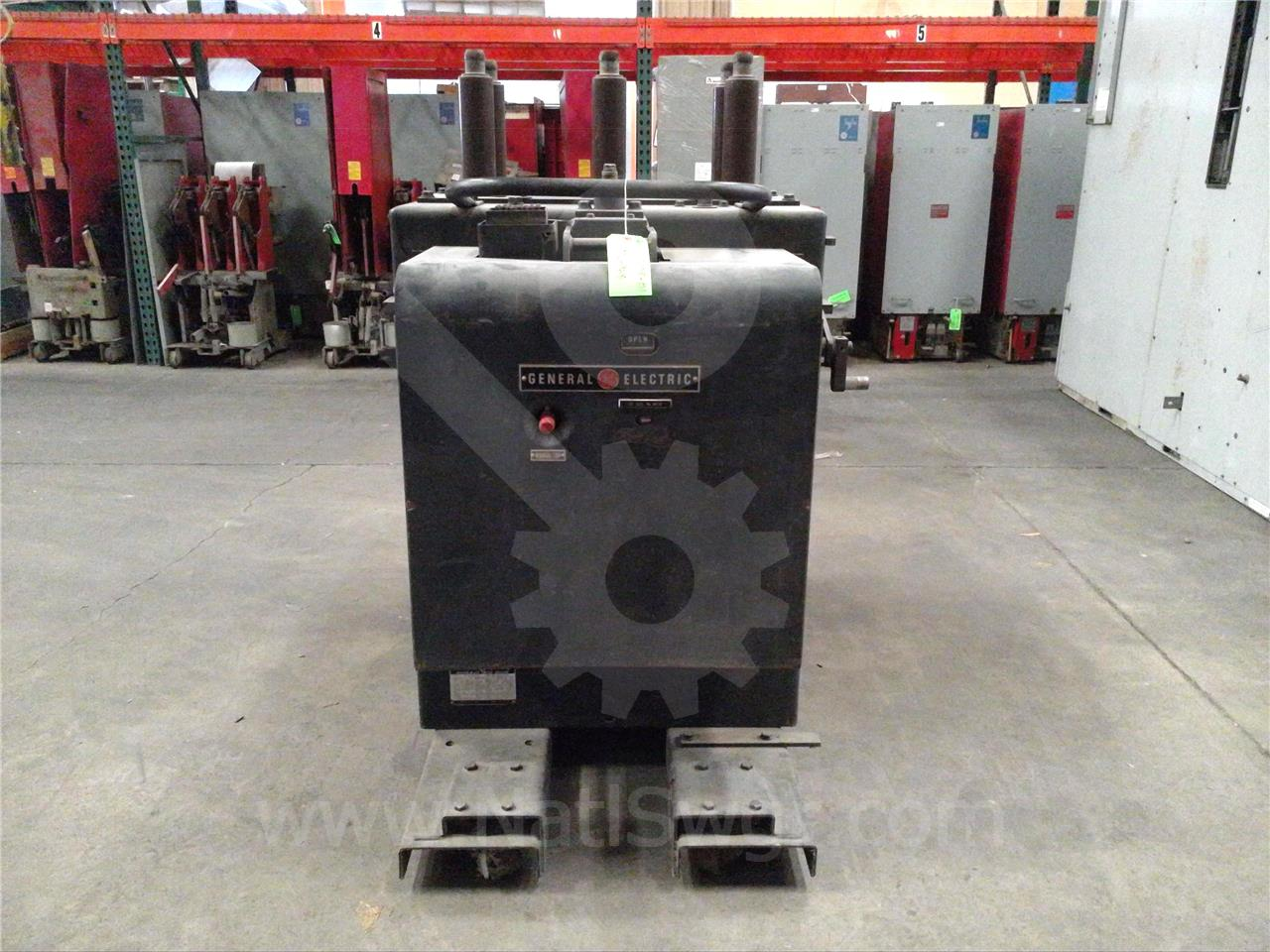 General Electric 1200A GE AM-13.8-500-3 MS-13A